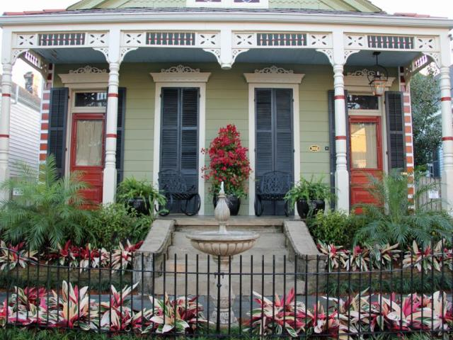 DDSL1001H_new-orleans-style-home-after.jpg.rend.hgtvcom.966.725